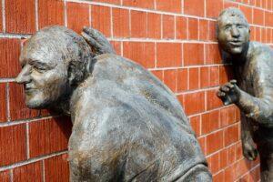 sculptures, bronze, listen to-2209152.jpg